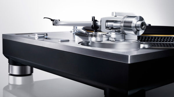 Direct_Drive_Turntable34534553